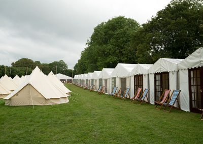 The glamping field at The Glastonbury Retreat